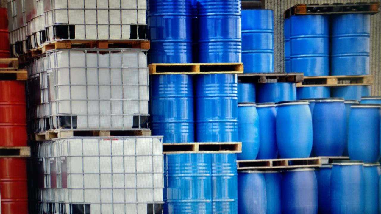 Transporte de matérias primas e produtos Químicos